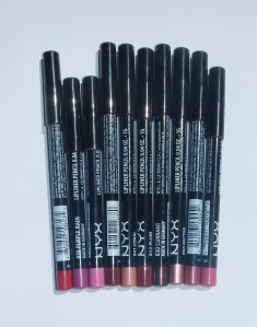 May Blog-A-Thon Day Sixteen - NYX Lip Liner Review and Swatches